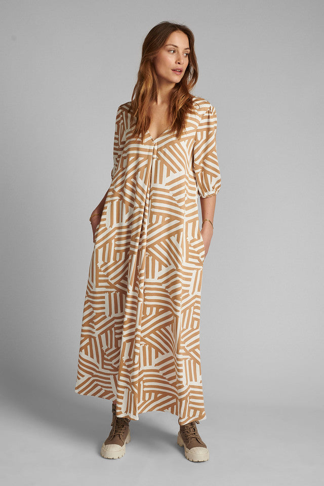 Graphic maxi dress