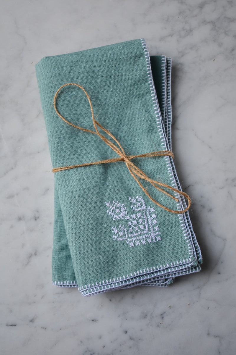 Set of two Zahra Washed Linen Embroidered Napkin