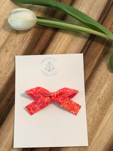 Living Coral Glitter in Knotty Bow