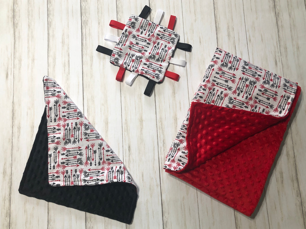 Red and Black Arrow Gift Set
