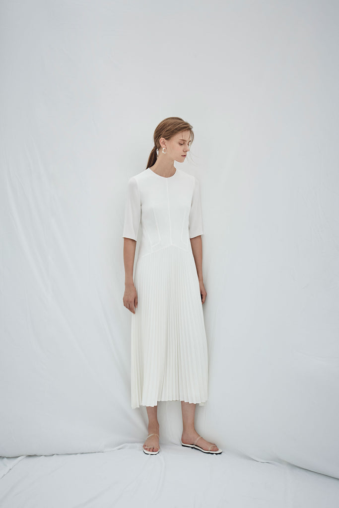 PAINTER PLEATED DRESS