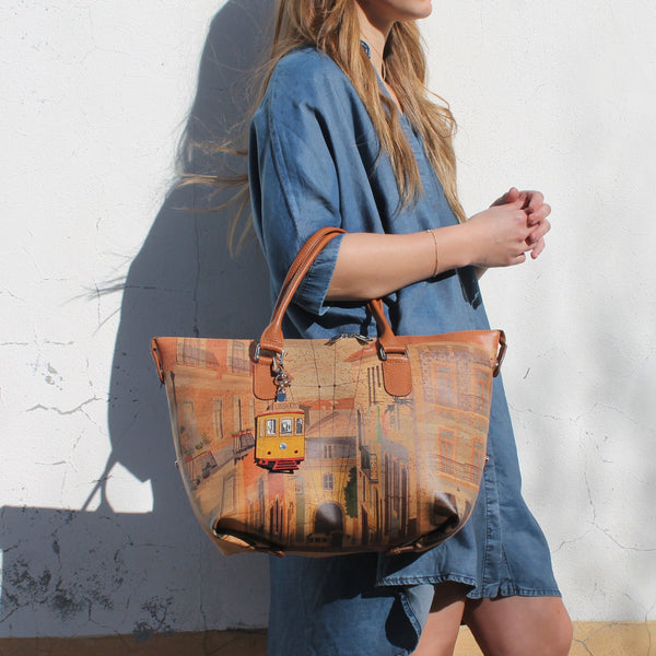 Lisbon Cork Handbag 3in1 - Shop now at StudioCork