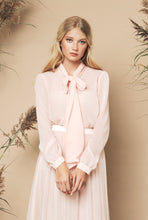 Load image into Gallery viewer, Peony Blouse Peach