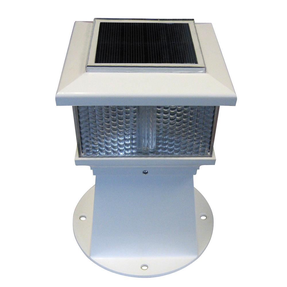 Dock Edge Qualifies for Free Shipping Dock Edge Solar Piling Light #96-264-F