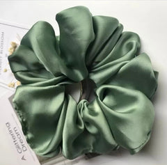 Satin hair scrunchie - Just Violeta