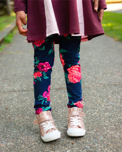 Party Perfect Leggings - Wild Rose Garden