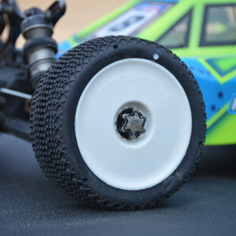 TPRO 1/8 OffRoad COUGAR Racing Tire Pre-Mounted (XR T3 - Soft)(WH)