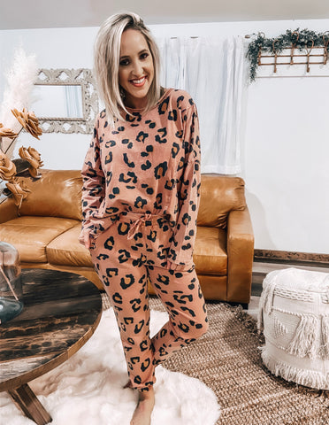 Cinnamon Leopard Lounge Set