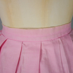 50s PINK NOVELTY SKIRT IN PALM TREE AND DANCERS PRINT - 29""