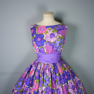 COLOURFUL PURPLE FLORAL 50s DRESS WITH FULL SKIRT - S