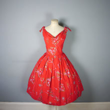 Load image into Gallery viewer, RED 50s ALFRED SHAHEEN HAWAIIAN / TIKI DRESS WITH GOLD PACIFIC OCEAN NOVELTY PRINT - M