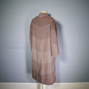 1940s HARRODS AUTUMNAL COAT IN GRADIATED OMBRE COLOURBLOCK DESIGN - S-M