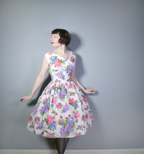 Load image into Gallery viewer, BRIGHT FLORAL ROSE PRINT 50s FULL SKIRED DRESS IN WHITE COTTON - M