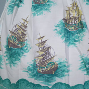 50s VINTAGE NAUTICAL NOVELTY SHIP PRINT COTTON DAY DRESS - M
