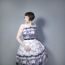 Load image into Gallery viewer, 50s VENICE BORDER PRINT NOVELTY DRESS IN BLACK AND WHITE - M