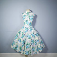 Load image into Gallery viewer, FLORAL 50s COTTON DRESS WITH FULL SWEEP AND PETER PAN COLLAR - S