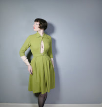 Load image into Gallery viewer, 40s ART DECO PISTACCHIO WOOL 2 PIECE SUIT WITH CROPPED JACKET AND SKIRT - S