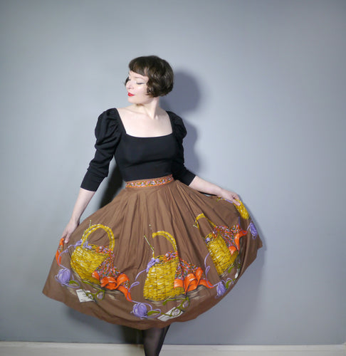 50s BROWN NOVELTY BORDER SKIRT WITH KNITTING BASKET AND YARN BALL PRINT- 32.5