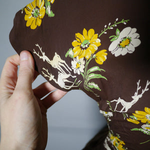40s NOVELTY DEER AND FLOWER PRINT BROWN RAYON DRESS - S