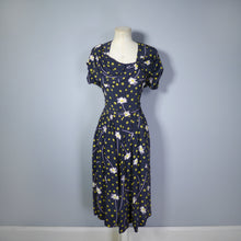 Load image into Gallery viewer, VINTAGE 40s DAISY PRINT FLORAL RAYON DRESS WITH DRAPED NECKLINE - S
