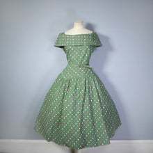 Load image into Gallery viewer, 50s GREEN POLKA DOT OFF SHOULDER FULL SKIRTED DRESS WITH BELT - L / VOLUP