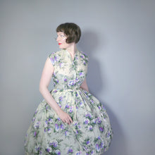 Load image into Gallery viewer, HANDMADE 50s CRISP NYLON WINTERY FLORAL FULL SKIRT DRESS - S-M