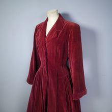 Load image into Gallery viewer, 40s DOUBLE ELEVEN UTILITY DARK RED CORDUROY AUTUMN COAT - M