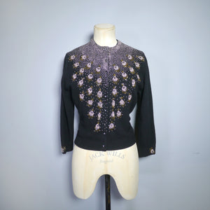 CROPPED VINTAGE GOLD BEADED 50s 60s BLACK WOOL CARDIGAN - S