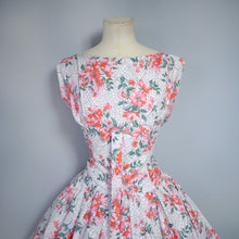 Load image into Gallery viewer, 50s FULL SKIRTED RED FLOWER AND WEB COTTON DRESS  - L / VOLUP