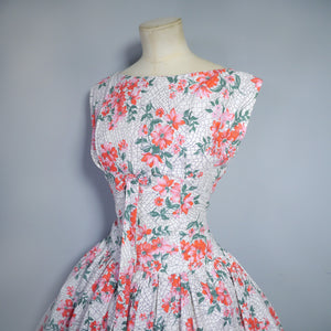 50s FULL SKIRTED RED FLOWER AND WEB COTTON DRESS  - L / VOLUP