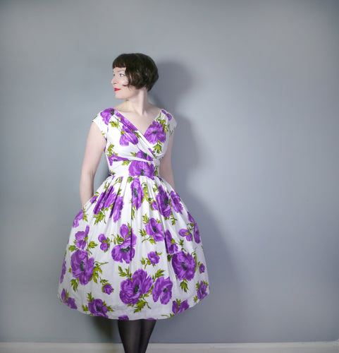 BOLD 50s FLORAL PURPLE AND WHITE COTTON FULL SKIRT DRESS - S