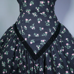 50s CALIFORNIA COTTONS BLACK NEW LOOK STYLE DRESS WITH DITSY PINK FLORAL PRINT - S