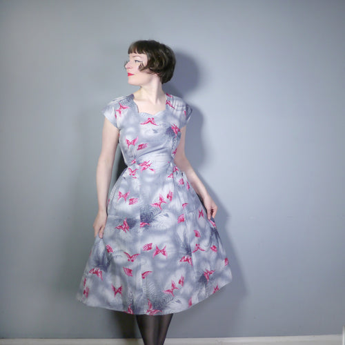 GREY AND RED 50s BUTTERFLY NOVELTY PRINT WRAP DAY DRESS - M