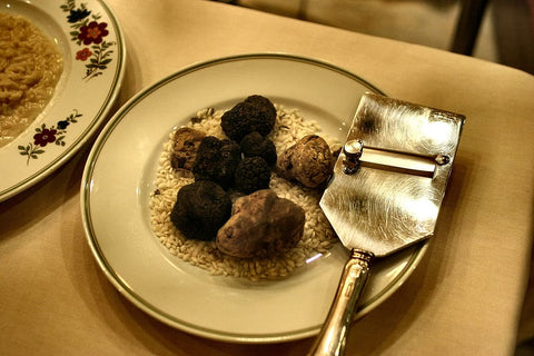 Dark-brown truffle and white truffle will served with certain foods