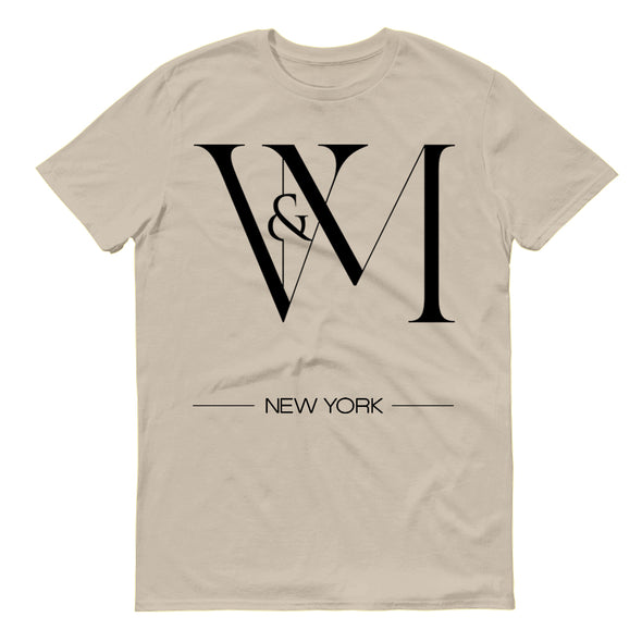 Betty en NY V&M Logo Men's Short Sleeve T-Shirt-Shop Telemundo