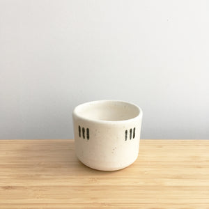 Round Cup, short, triple thin lines