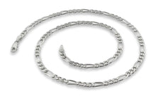"Load image into Gallery viewer, Sterling Silver 7"" Figaro Chain Bracelet 4 mm"