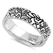 Load image into Gallery viewer, Sterling Silver Carved Leaves Band Ring