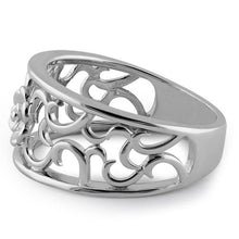 Load image into Gallery viewer, Sterling Silver Center Flower Ring