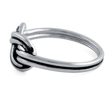 Load image into Gallery viewer, Sterling Silver Figure 8 Knot Ring