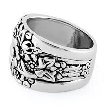 Load image into Gallery viewer, Sterling Silver Floral Design Ring