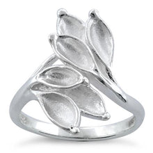 Load image into Gallery viewer, Sterling Silver Leaves Ring