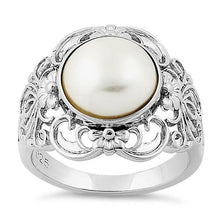 Load image into Gallery viewer, Sterling Silver Majestic Mother of Pearl Ring