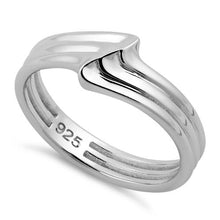 Load image into Gallery viewer, Sterling Silver Multiple  Small Wave Ring