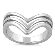 Load image into Gallery viewer, Sterling Silver Triple V Ring