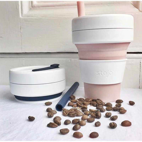 Stojo coffee cups and coffee beans