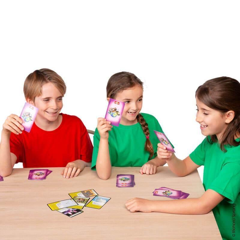 Nature Challenge - Extraordinary Animals. A group card game for ages 7+