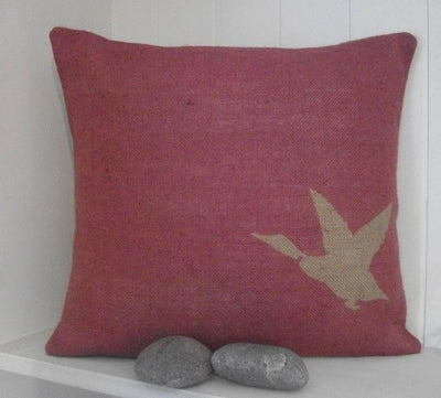 ' Rustic Duck ' Cushion (Cranberry)