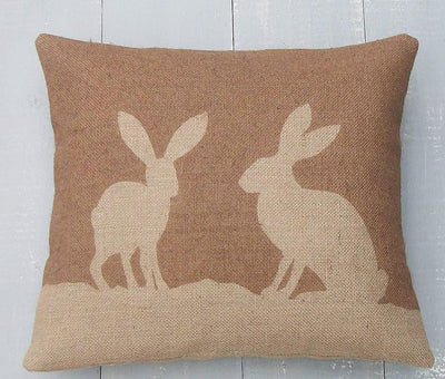 ' Country Hare ' Hessian Cushion (Chestnut)