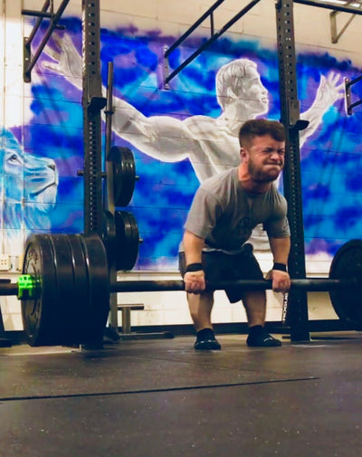 Jeremy Smith: Power Lifter That Isn't Letting Dwarfism Define Him